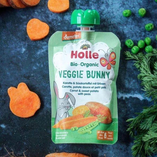holle-veggy-bunny-zöldborsó-édesburgonya-sárgarépa-bio-bébiétel